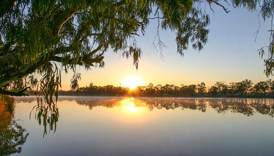 6 Incredible Riverland Experiences To Have On Your Big Lap